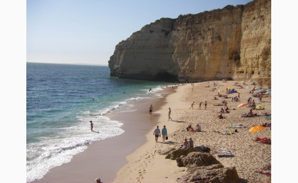 Hausstrand Praia Vale de Centeanes / Beach